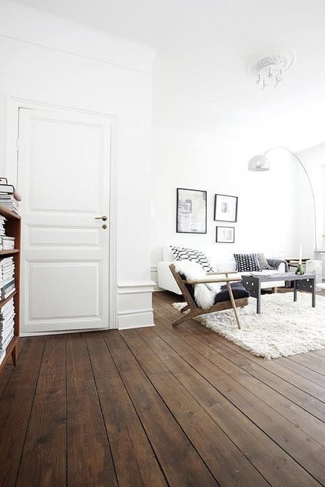 houten vloer in woonkamer